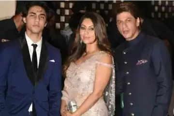 shahrukh khan wife gauri khan and son aryan khan